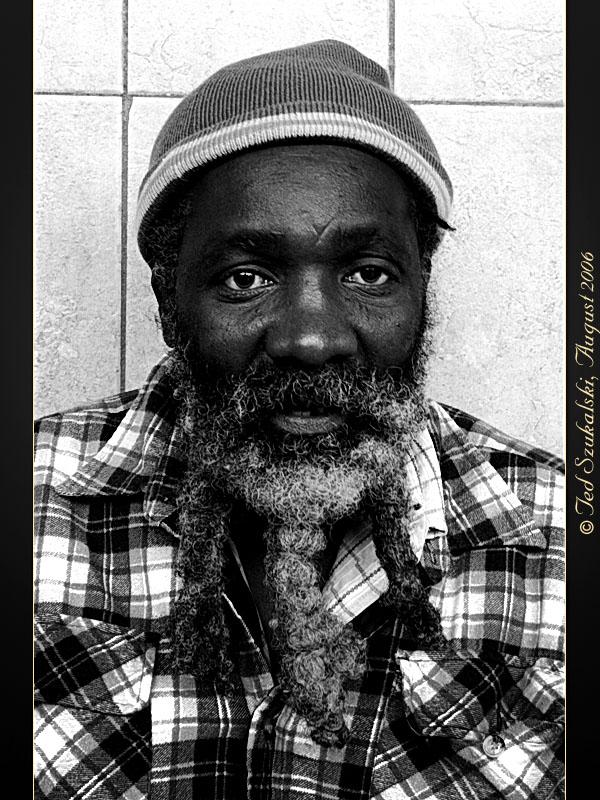 Old-Music-Man-Black-White-IMG_4339